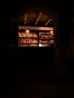 Pub olarak geçiyor ama kendisi bir bar
